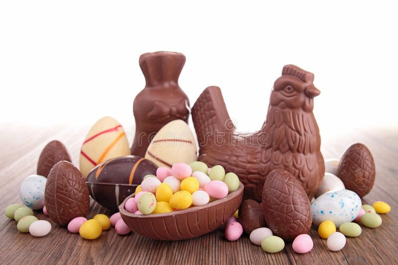 fermez-vous-vers-le-haut-sur-l-oeuf-de-chocolat-de-pâques-29905796.jpg